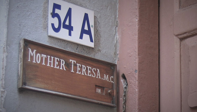 mother-teresa-door